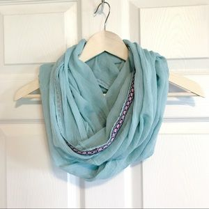 Accessories - 🇺🇸 Light turquoise infinity scarf